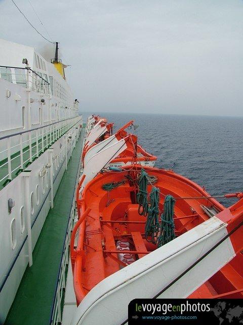 le voyage en photos afrique maroc mediterrannee 061 bateaux de sauvetage maroc. Black Bedroom Furniture Sets. Home Design Ideas